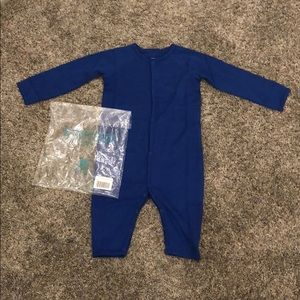 Primary snap romper NWT